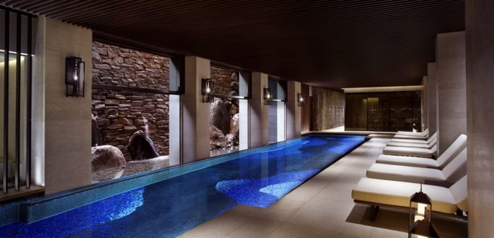 lifemagazinegr_The Ritz-Carlton Spa_Swimming Pool.png