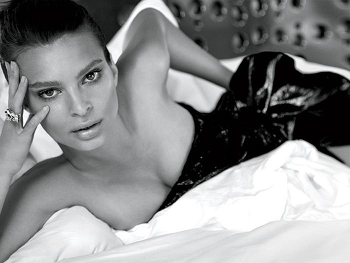 νέα γυμνή συλλογή φωτογραφιών η Ντέμπι Ράιαν πορνό