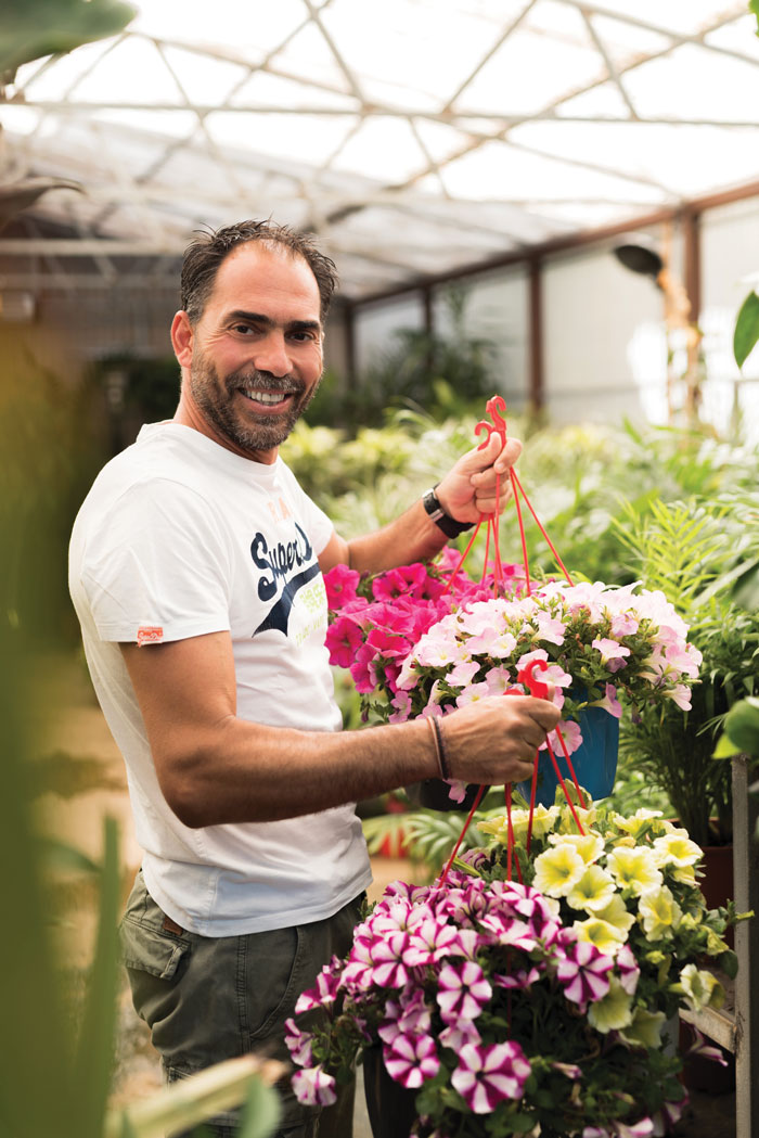 lifemagazinegr_stafanos_gialias_geoponos_garden_solutions (2)