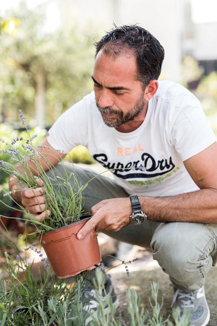 lifemagazinegr_stafanos_gialias_geoponos_garden_solutions (4)